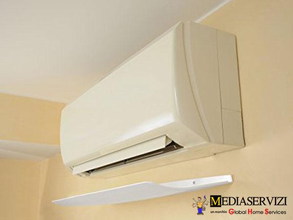 Deflettore aria climatizzatore 2