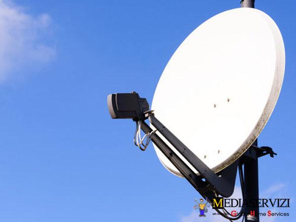 Montaggio antenna parabola 1