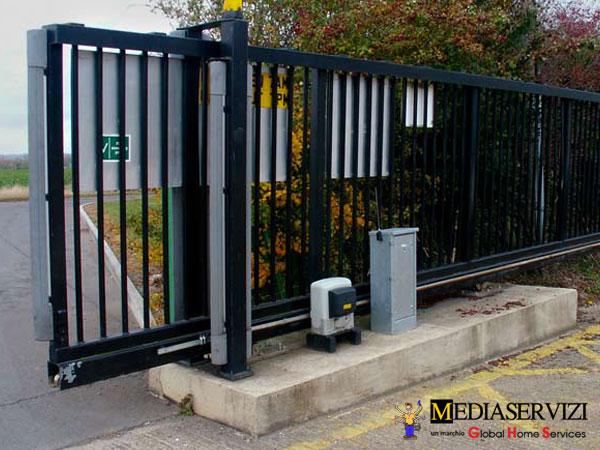 Motore cancello serrande 1