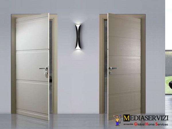 Montaggio porta da interno 2
