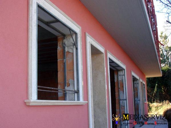 Montaggio controtelaio in ferro per porte e finestre 1