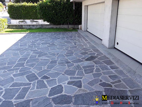 Posa mosaico per rivestimento o pavimento 2